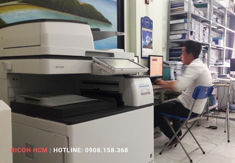 máy photocopy ricoh cũ dùng trong văn phòng